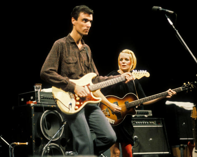 BERKELEY, UNITED STATES - OCTOBER 22: David Byrne and Tina Weymouth of Talking Heads performing at Zellerbach Auditorium in Berkeley, CA on October 22, 1980. (Photo by Clayton Call/Redferns)