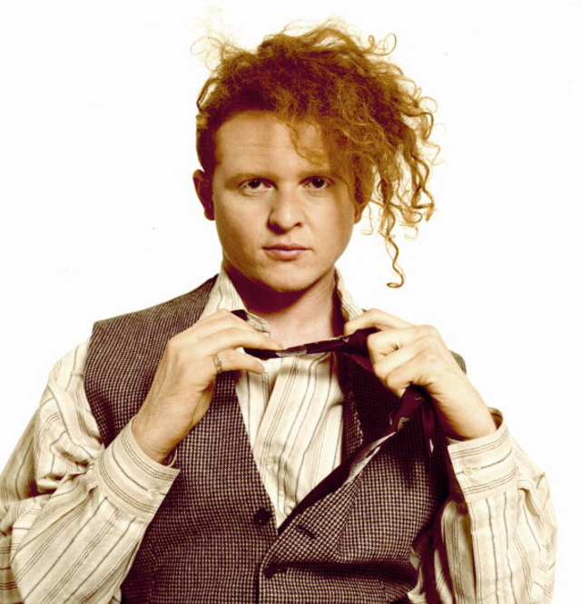 Interview: Mick Hucknall of Simply Red