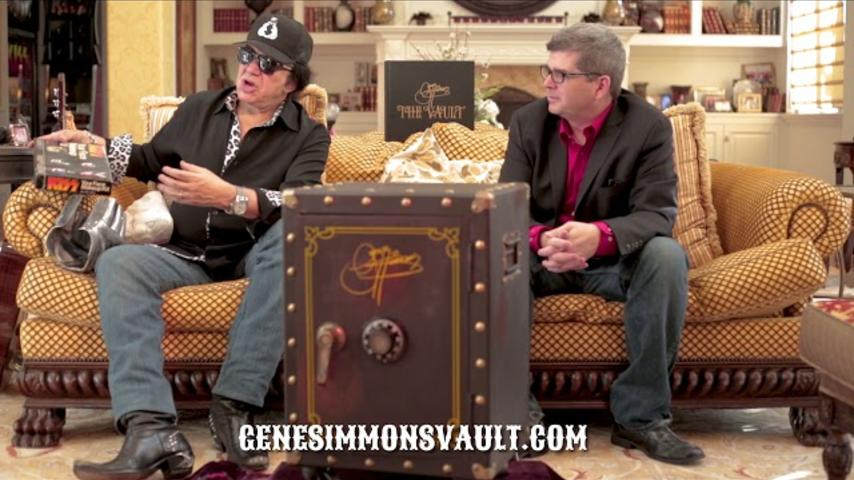 GENE SIMMONS VAULT MYSTERY GIFT: KISS YOUR FACE MAKEUP KIT